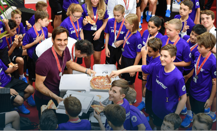 Roger and the ball kids